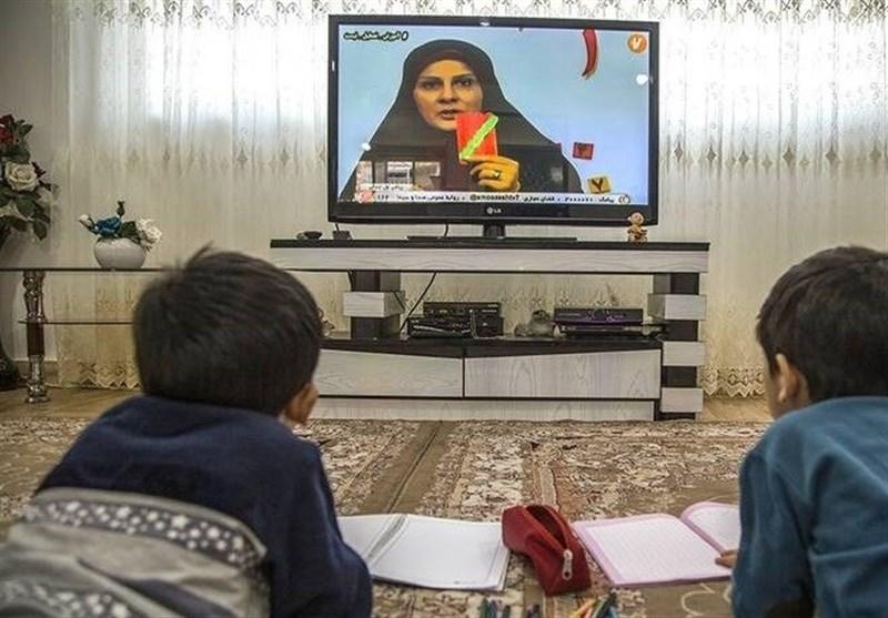 بازدید وزیر آموزش و پرورش از مدرسه تلویزیونی ایران/ مدرسهای که در سلیمانیه عراق هم دانشآموز دارد