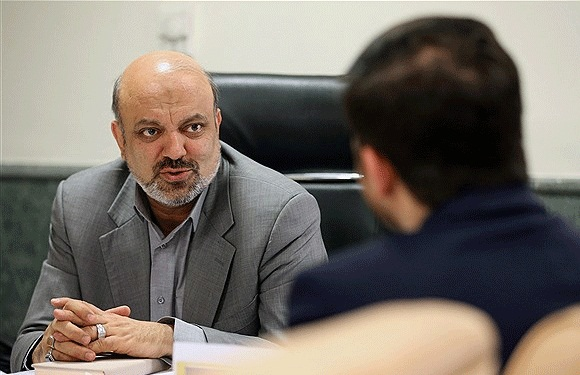تمجید رییس کمیسیون آموزش و تحقیقات مجلس شورای اسلامی از برنامه به وقت ایران